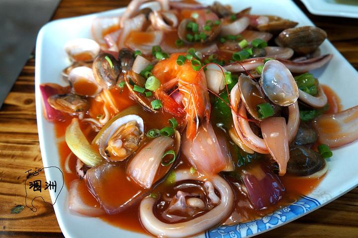 韩式辣酱海鲜面,28元一份,店铺特色,也很实在!图片