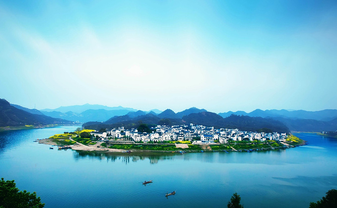 新安江山水画廊图片