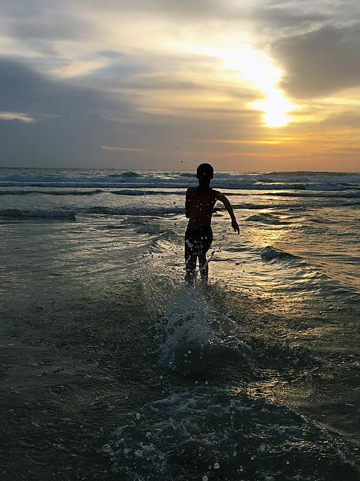 奔向大海奔向太阳