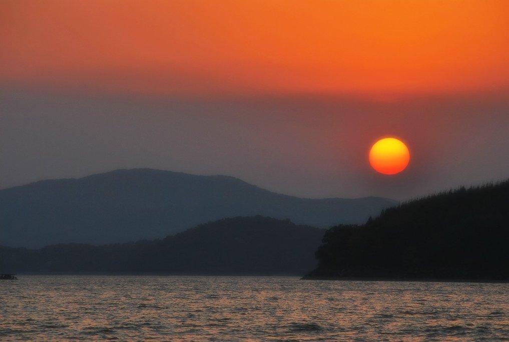 国庆去吉林爬山、赏秋、吃湖鱼,原来好的旅行也可以这么便宜!