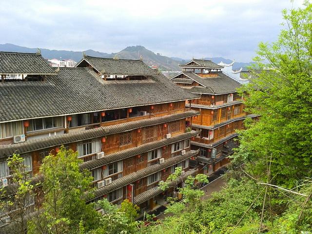 5最有代表性的建筑就是三江风雨桥,横跨两岸 三江侗乡评论 去哪儿