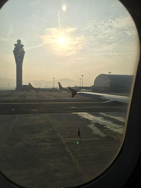 深圳机场--海口机场--三亚火车站图片