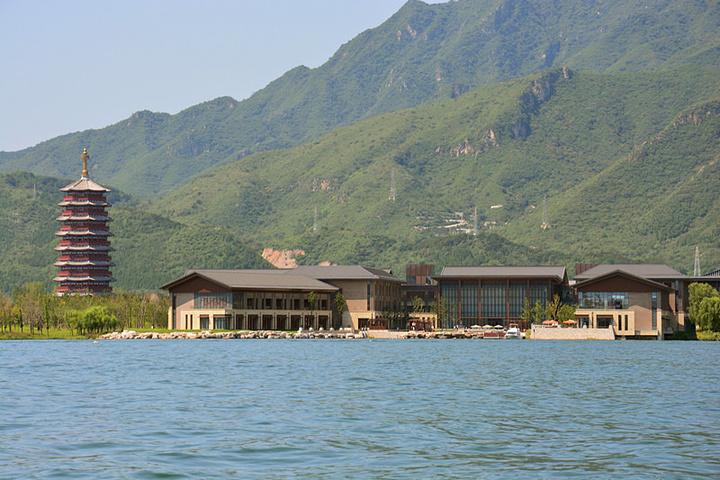 但是实话实说,怀柔的风景都是不错的,雁栖湖真的很一般,其实就是个