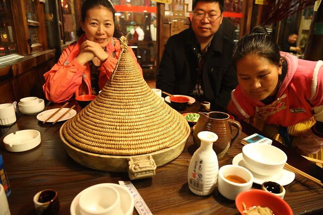 石锅鱼图片