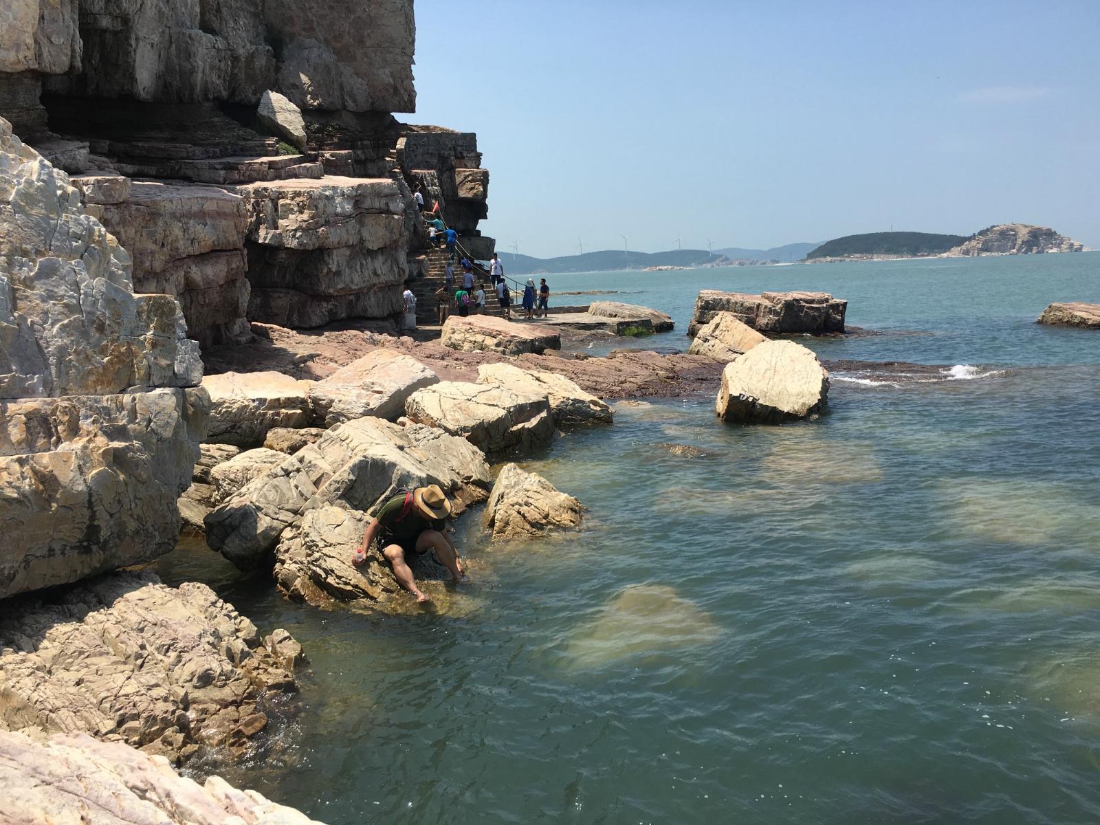 九丈崖是长岛最经典的北线旅游路线其中的一个景点,也是个人觉得长岛
