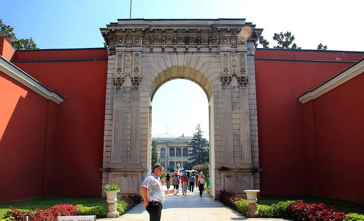 """""""之后前往游览建于奥斯曼帝国国势没落之际的..._多尔马巴赫切宫""""的评论图片"""