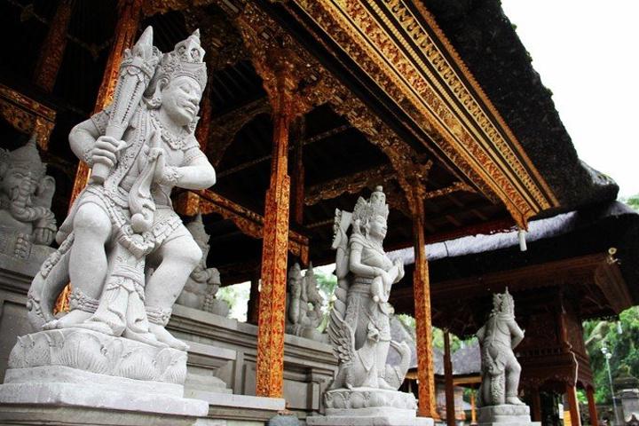 """""""圣泉寺位于巴厘岛中北部,距乌布40分钟车程_圣泉寺""""的评论图片"""