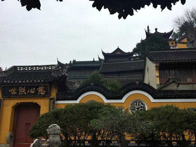 小时候看《白蛇传》曾经想象过金山寺的老法海是一个多么讨厌的反派