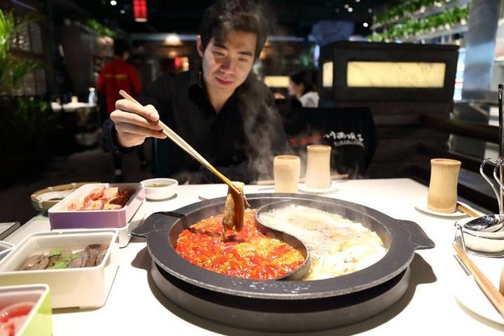 2018【菜品】鲜毛肚,鸭血,冰草,麻辣排骨全是墙裂推荐