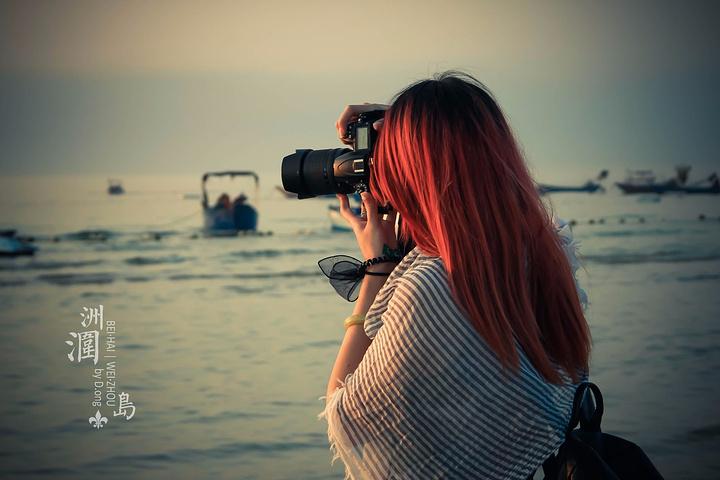 偷拍与自己拍_伙伴偷拍,自己也变成了风景.观赏落日的游客多了起来