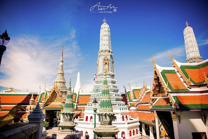 绘画等方面鲜明的民族特色,是 泰国 最让人印象深刻的景点之一_大皇宫