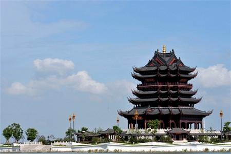 重元寺位于阳澄湖畔,景色秀丽,门票20元.