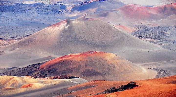 哈雷卡拉火山旅游图片