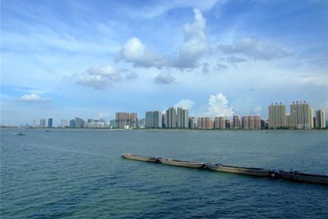 听说钱塘江大潮很壮观,日有潮,夜有汐