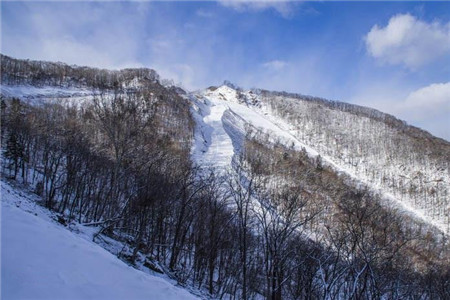 2018天桥沟滑雪场门票,天桥丹东沟滑雪场游玩权力的游戏通关攻略图片
