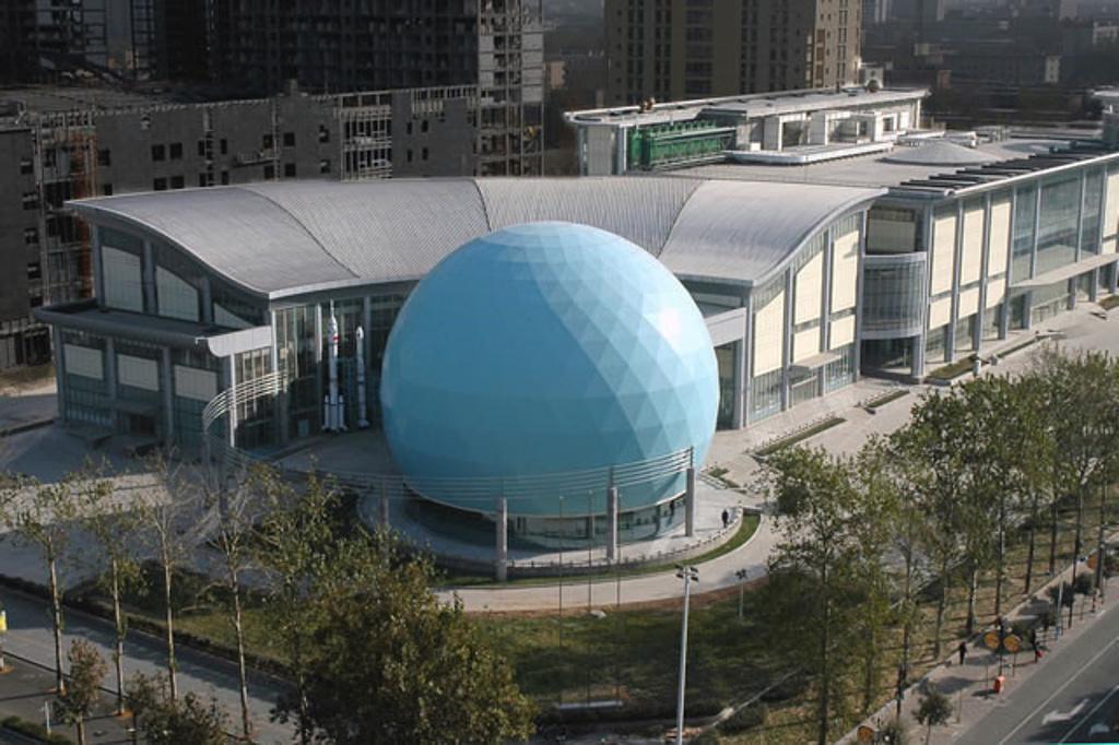 河北省科技馆_0篇 中 提到了这里 1% 去过的驴友 来过这里 河北省科技馆由新馆和旧