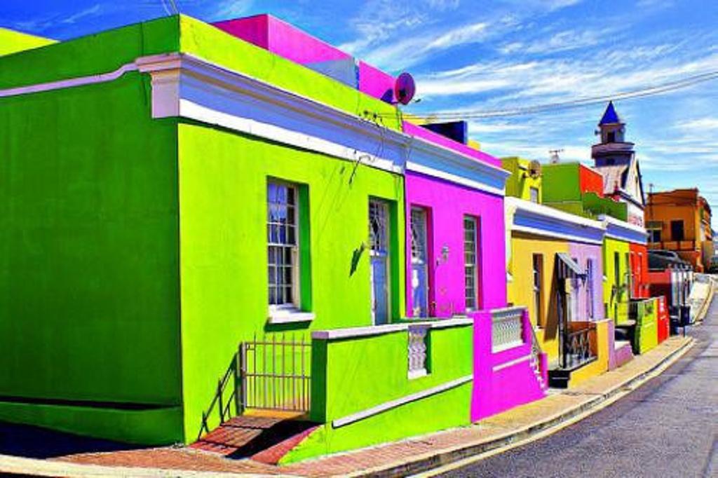 那里的彩色房子成了开普