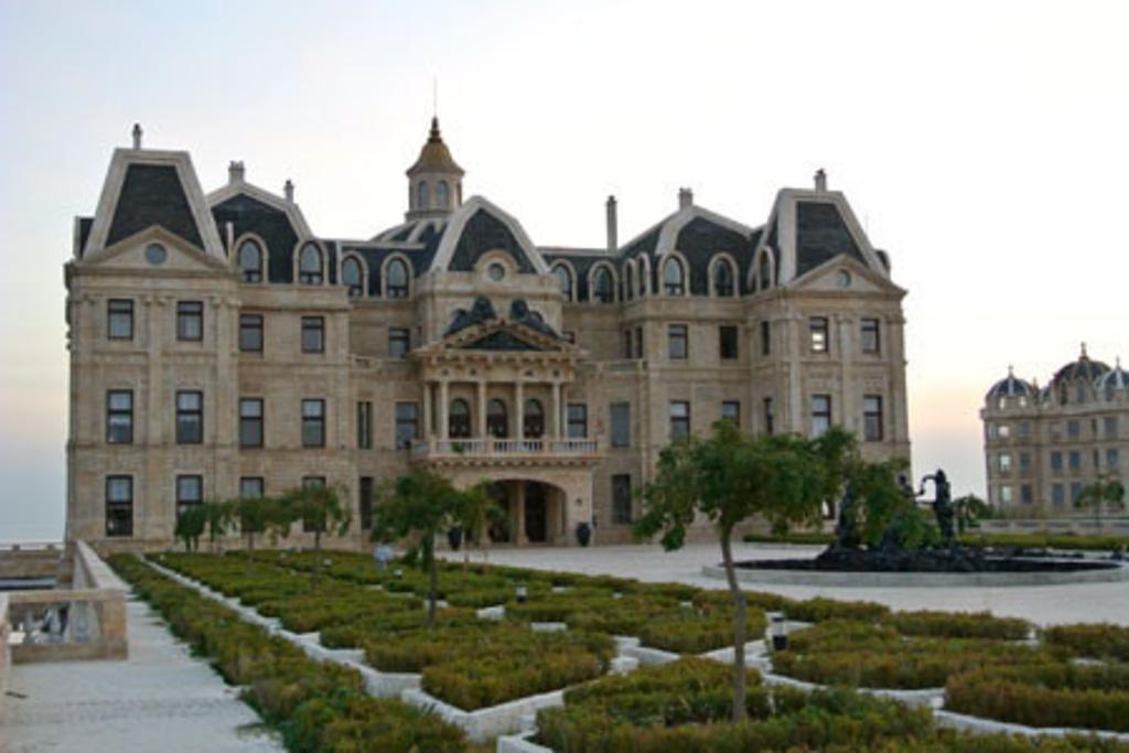 是一座典型的欧式古典风格城堡