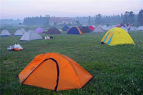 青少年野营基地
