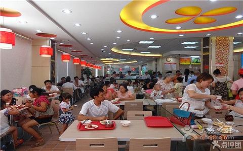 2015顺旺客中式快餐连锁(赣东大道店)