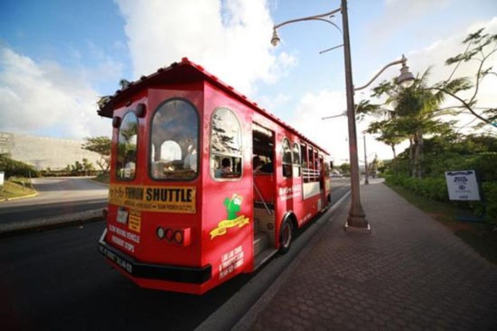 2017青岛啤酒节铛铛车