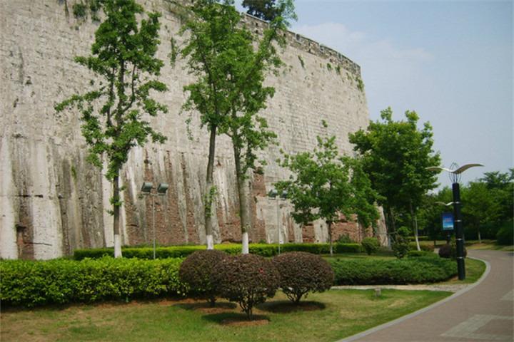 清凉山城墙