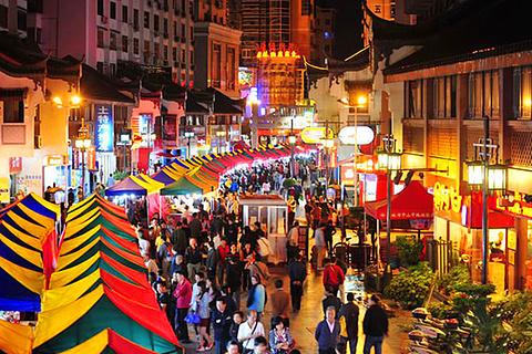 2/ 5分 类 型              地 址 桂林市秀峰区西城路步行街 推荐菜图片