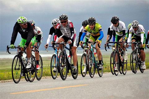 环青海湖国际公路自行车赛
