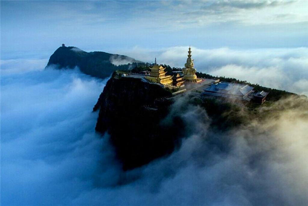西林凤腾恒邦机场观光飞行旅游景点图片图片