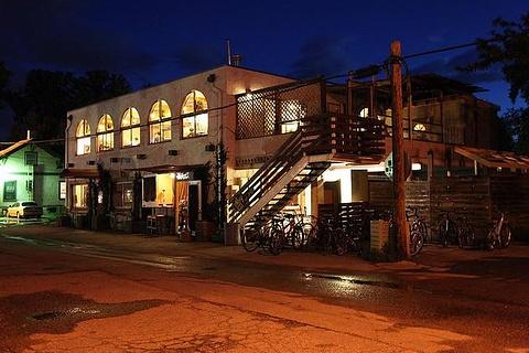 胡同猫咖啡厅