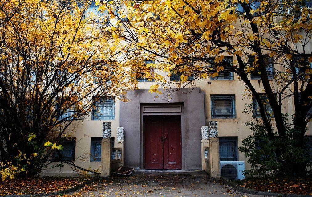 临近华中师范大学