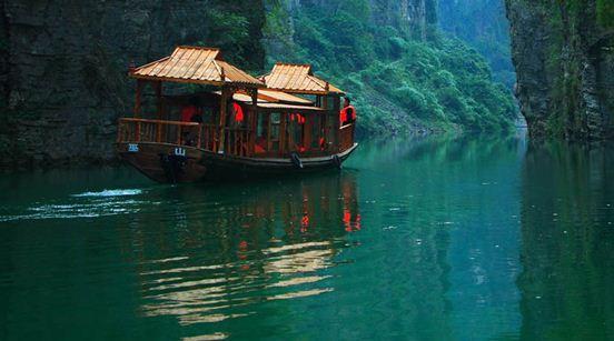 建议最好上午去,游览完神女溪就可以直接回万州了,万州有很多旅游景点图片
