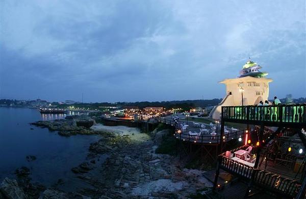 包含景点: 北戴河 翡翠岛 碧螺塔海上酒吧公园 昌黎国际滑沙中心