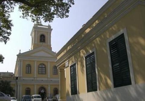 嘉谟圣母教堂