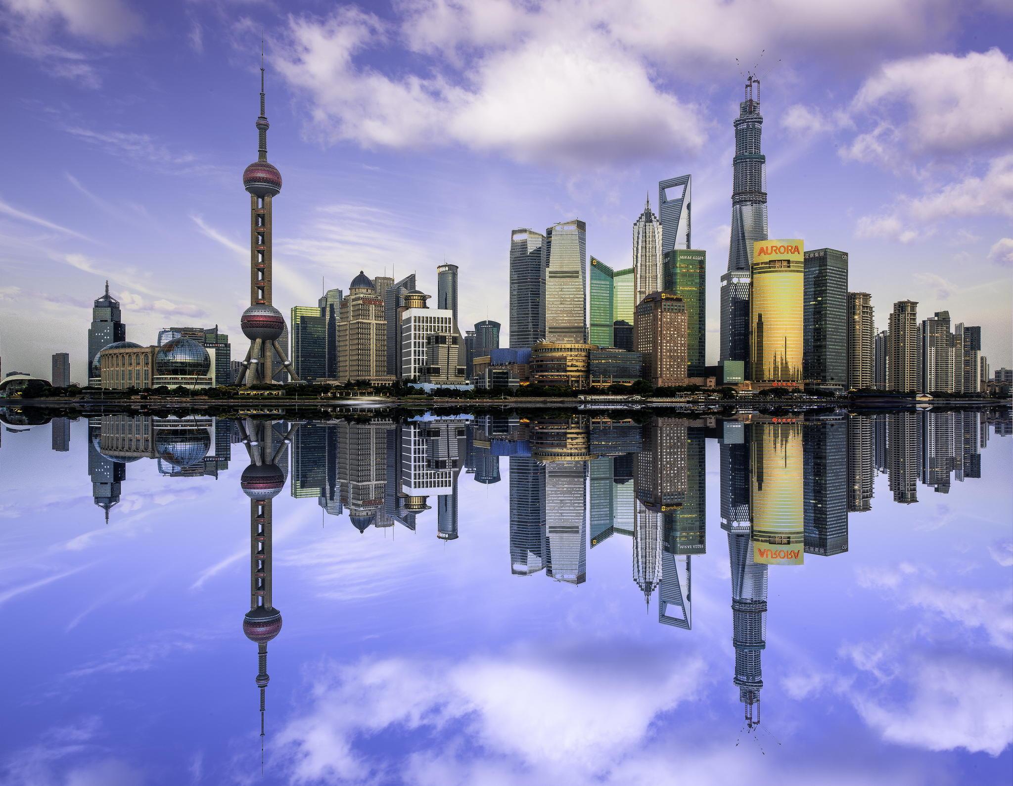 点评(585条) 5分 评分: 发表 可以输入1000字 ##简介##外滩位于上海市