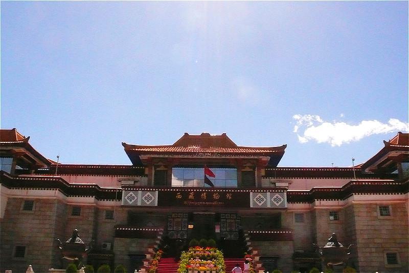 藏族手工制作房子
