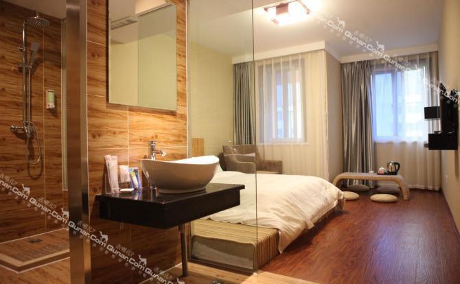 家居 酒店 起居室 设计 装修 670_414