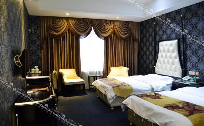 酒店房間裝修精美豪華,各樓層風格不一,不同風格給您不同的住宿感受