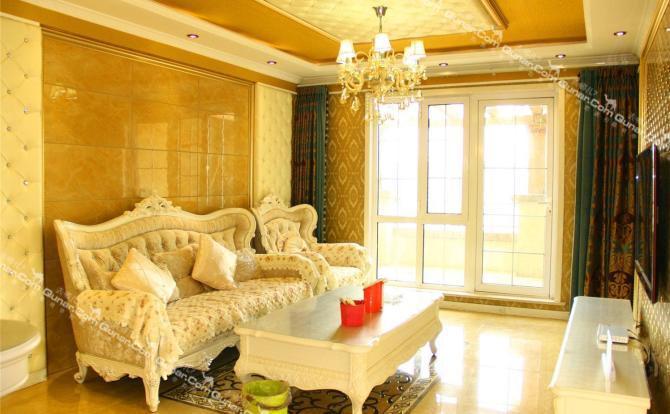 屋内欧式豪华装修,高档实木家具