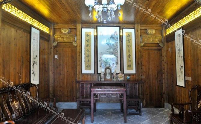 及装修风格,共有客房26间,设有标准间,大床房及极具特色的阁楼大床房