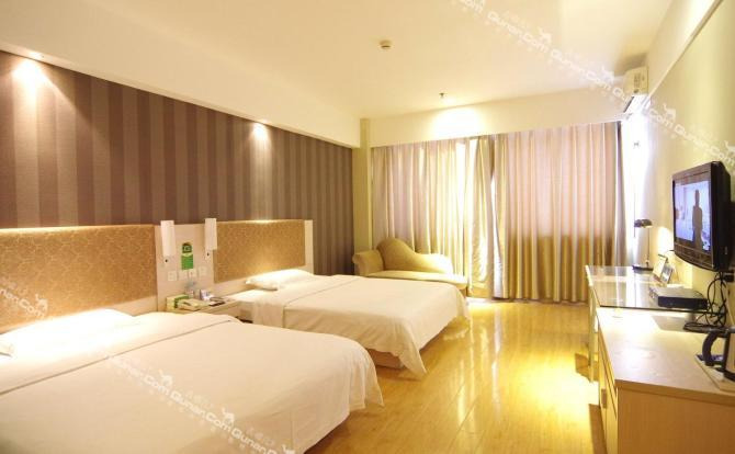 酒店夜床设计图片展示