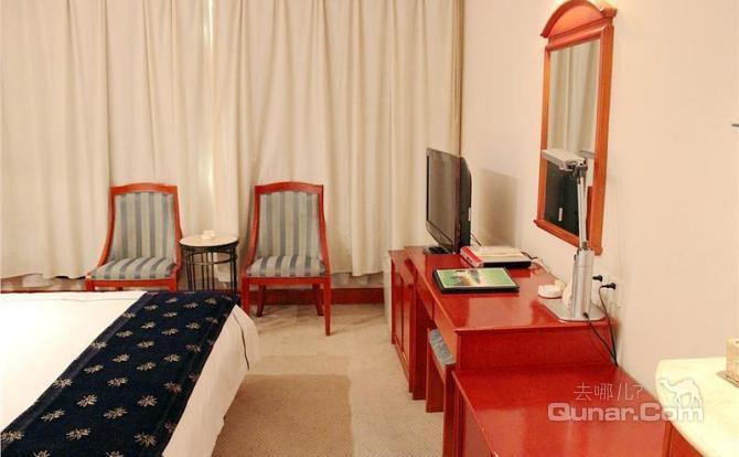 盐城悦达国际大酒店位于江苏省盐城市开放大道与