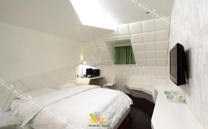 爱舍空间主题概念酒店是一家集创意,设计,装饰,培训为一体的主题概念图片