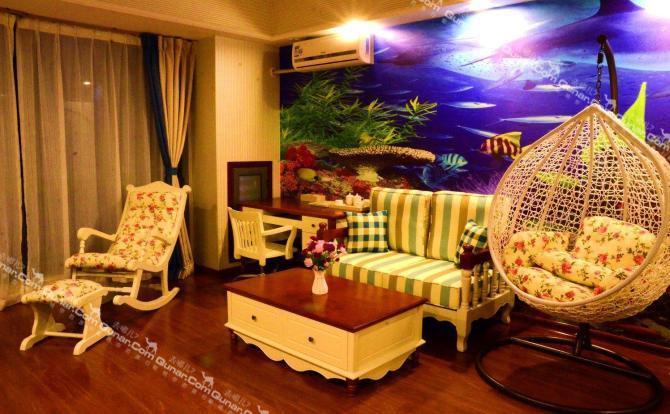 仅520元!价值888元的广州长隆伦凯国际度假公寓万达店地中海家庭主题套房(两房一厅)入住1晚,含早餐。
