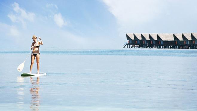 这马尔代夫所特有的巡游岛屿活动:搭乘多尼船出发,去拜访几个迷你的岛