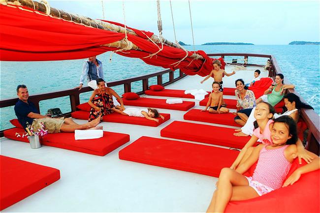 海玩网旗舰店 苏梅岛出发 苏梅岛跟团游  游船线路简介:苏梅本岛近海