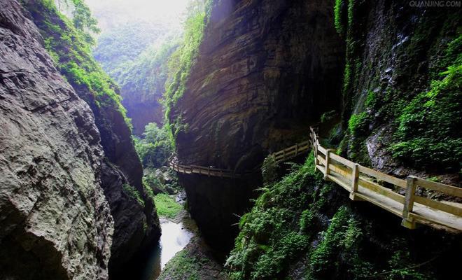 武隆仙女山国家森林公园是重庆十佳旅游景点,是国家aaaaa级风景区,地