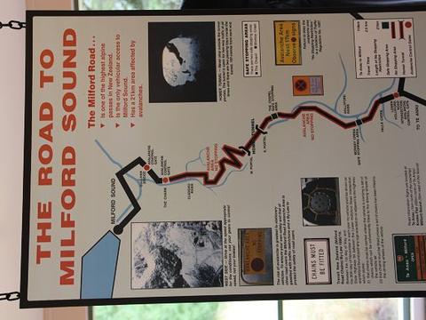 蒂阿瑙萤火虫洞旅游景点图片