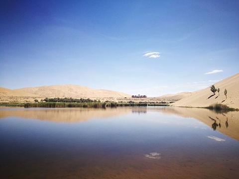 巴丹湖旅游景点图片