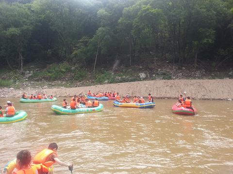 红河谷漂流旅游景点攻略图